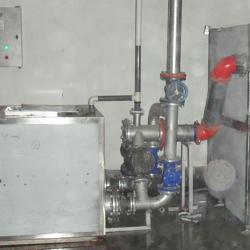油水分离器+强排池组合设备